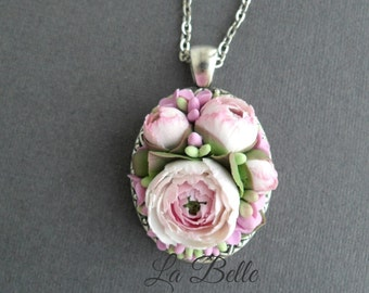 Pendant with Ranunkulyus, polymer clay jewelry, polymer flowers, floral jewelry, fimo flowers, vintage flowers, pink flowers, necklace pink