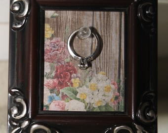 Picture Frame Ring Holder
