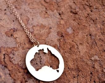 Australia Map / Australia Pendant / I Love Australia / Aussie Necklace / AU Pendant/ Moving Away Gift/Australia Necklace/Australia Souvenir