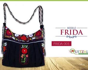 Hand-embroidered handbag model Frida