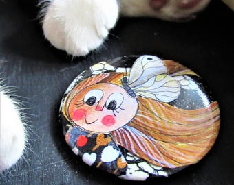 Round brooch large 5.6 cm with illustration of baby girl and Butterfly