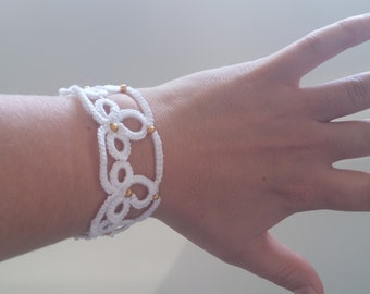 Handmade white bracelet model 4 tatting