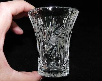 Small Glass Vase, Pinwheel Pattern, Pin Wheel Pattern, Thumb Print Rim, Plain Base, Posy Vase, Small Vase, Clear Glass Vase, Mini Vase, 0124