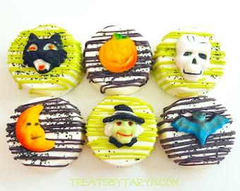 Chocolate covered Halloween oreos. Halloween oreos. Halloween oreos. witch oreos. halloween treats. Halloween treats. candy. halloween party