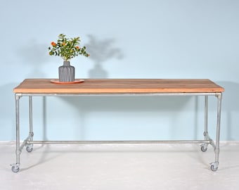 Work table made of lumber & scaffolding Tube MIJNSTREEK