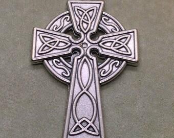 Celtic Cross pendant holy medal - Irish cross