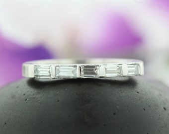 5 Horizontal Diamond Ring, in 14k WG, Dainty Baguette Band,Channel Set ,baguette Band, Wedding Band, Anniversary Band