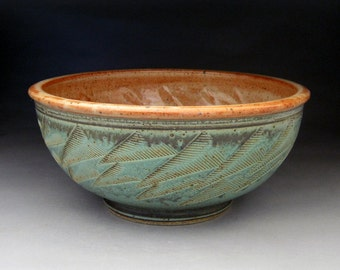 1 Quart Serving Bowl- Made to Order in Your Choice of Color