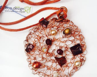 Necklace with copper pendant rute wire hand crochet
