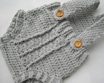 Combi-short, cache-couche, Body, salopette au crochet pour bébé / / fabriqué à partir de coton / / différentes tailles et couleurs au choix / / cadeau de shower de bébé