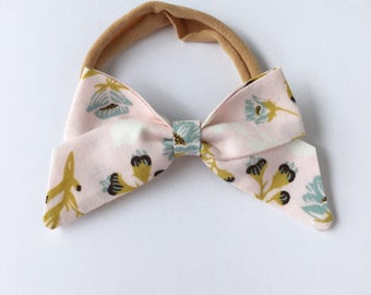 Classic hair bow in Pale Pink Blossoms | headband or hair clip