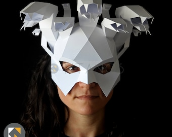 MEDUSA Mask - Make your own Medusa with this low-poly paper mask template