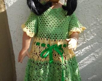 Bébé fille 1 ans à 1,5 ans robe en crochet, modèle est de 29 pouces.