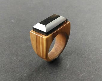 Wood ring // Olive wood ring // wood ring for women //  //Olive wood ring with smoky quartz faceted stone -Size 17.15 mm (USA 6 3/4)