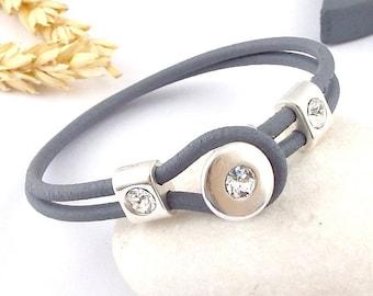 grey Pearl Leather swarovski crystal Crystal bracelet and silver