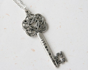 Key of Love - Vintage Look Key Necklace (N245)