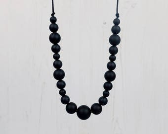 Black Teething Jewellery, Silicone Teething Necklace, Nursing Necklace, Teething Beads, Mother's Day Present, New Mum Gift, Baby Shower Gift