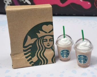 Miniature Starbucks Paper Bag and 2 pcs Ice Starbucks Coffee Latte,Miniature coffee cup Starbucks,Miniature Ice Green tea,Dollhouse Starbuck