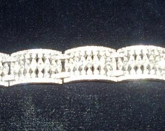 Elegant Marquis/Pave' Rhinestone Braclet Vintage 1950s Item #999 Jewelry