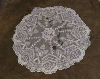 "Tenerife Lace Doily Handmade Vintage  Doily 14"" Inch Round"
