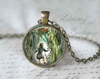 Chronicles of Narnia, Lucy & Aslan, The Lion The Witch And The Wardrobe Illustration, Narnia Necklace or Keyring, Keychain.