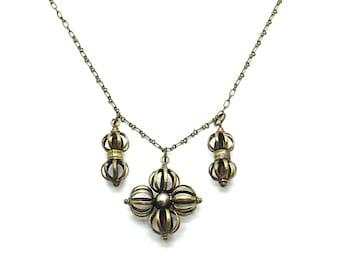 Balance,Pendant Necklace,Bronze,Choker,Flower,Chain,Gift for Her,Metal,Multi Pendant