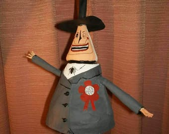 """Halloween town's Mayor from the""""Nightmare before christmas"""", paper sculpture,  completely handmade. Artcraft."""