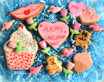 Dante's Valentines Day Cookie Box /Healthy Dog Treats /Organic Dog Treats /Dog Valentines Day Gift /Dog Cookies /Dog Bakery