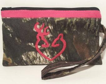 Mossy Oak hot pink camo zipper pouch, camo pencil case, hot pink  camo makeup bag, hot pink  camo wallet, hot pink  camo