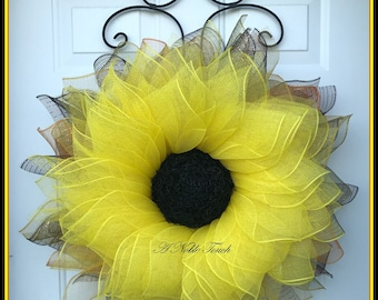 Pattern for Sunflower Wreath, DIY, Pattern, Instructional, Sunflower Wreath by A Noble Touch