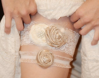 Sale)) Lace Bridal Garter-  Romantic Champagne and IVORY Lace wedding Garter SET Vintage Style Wedding