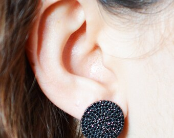 Round Earring with Onyx Stones / Dainty Silver Earring / Statement Earring / Stud Earring / Everyday Earring / Simple Earring