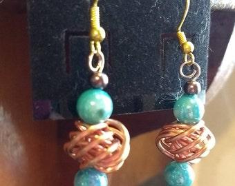 Copper wire knot earrings