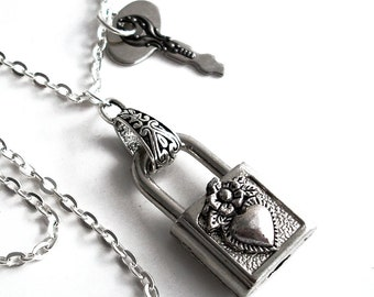 Steampunk Working Padlock Necklace - Locked Heart