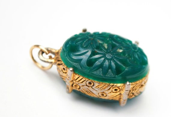 Green Moded Glass Pendant  Peking glass flower gold plated floral vintage pendant
