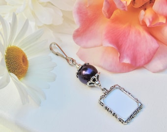 Wedding bouquet photo charm. Bridal shower gift. Purple pearl wedding keepsake. Gift for the bride. Small picture frame charm. Photo charm.
