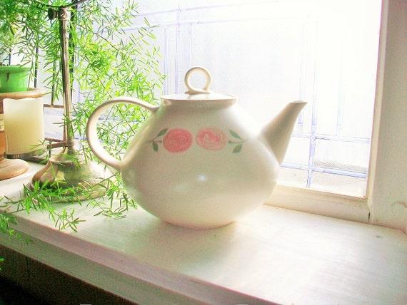 Vintage Teapot Vernon Ware Rose a Day 1960s