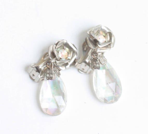Flower Design Crystal  Dangle Earrings Aurora Borealis Vintage Clip On