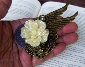 Steampunk Hat Pin (P744) Sparkle Ivory Resin Rose, Bronze Wings and Gears, Cockface and Key, Swarovski Crystals, Tie Tack Pins