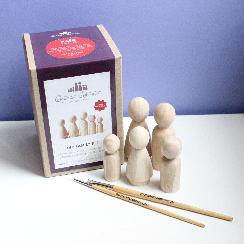 Wooden dolls peg dolls custom family portrait diy kit do it zoom solutioingenieria Images