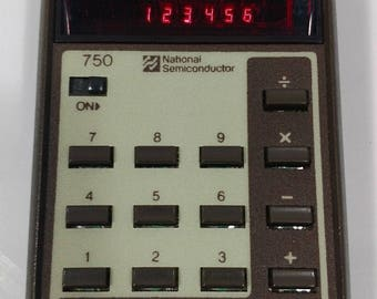 70's National Semiconductor Calculator Model 750 - Looks & Works Great!