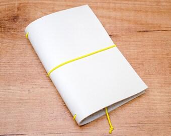 Cuaderno de cuero hecho a mano, estilo Midori Traveler's Notebook tamaño Passport / Pocket - Beige