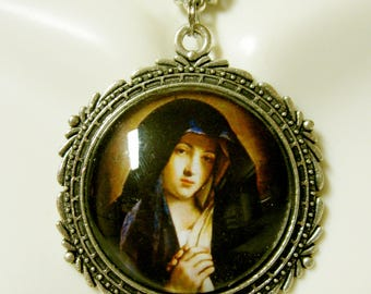 Our Lady of Sorrows, pendant and chain - AP26-296