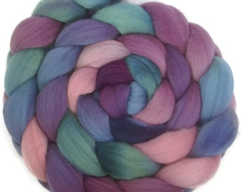 Handpainted Polwarth Wool Roving - 4 oz. HAWAII - Spinning Fiber