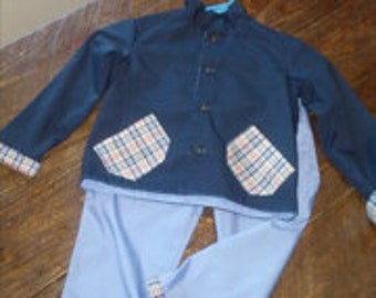 Boy's suit size 4