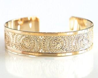 gold cuff bracelet, hammered gold cuff bracelet, thin gold cuff bracelet, dainty gold bracelet, delicate gold bracelet, gold bridal jewelry