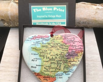 France Map Christmas Ornament, Your Special Place in the Heart / HONEYMOON Gift / Wedding Map Gift / Travel Tree Ornament /