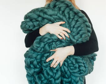 The Wallace, Teal Green Chunky Knit Blanket, Giant Knitted Merino Wool Throw, Extreme Knitting, 100% Merino Wool, Hand Knitted Blanket