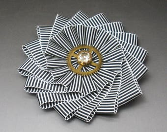 Black and White Striped Steampunk Wheel Cocarde Applique