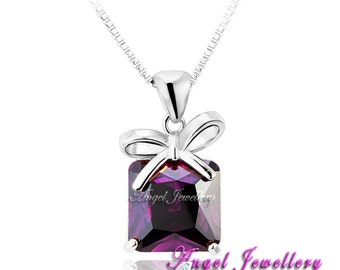 New 18K Gold Necklace Pendant With Swarovski Crystal Elements Gift Pendant Ideal Present For Your Loved One